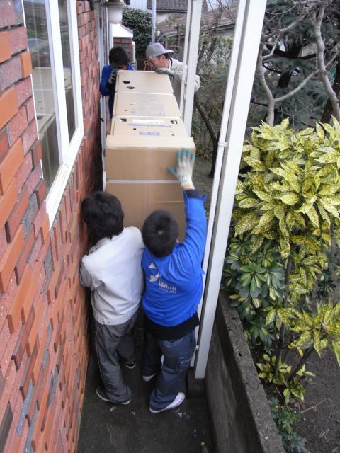 険しい搬入の様子2